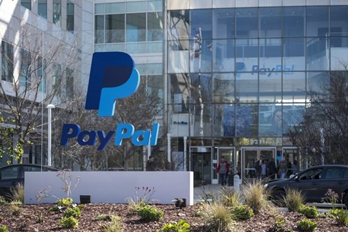 PayPal Forecasts Growth, Easing Concerns Over Losing EBay