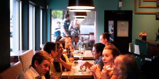 Contactless Payments and Transaction Data Will Be on More Restaurateurs' Menu in 2019