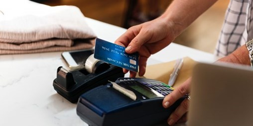 First Data's North American Merchant Revenues Grew 7% in 2018'S Fourth Quarter